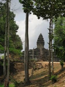 Bakong monastry ruins